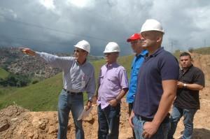 """Villegas y """"El Potro"""" visitan obra que mejorará la distribución de agua en Petare"""