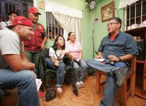 La visita casa por casa permitió conocer las necesidades y propuestas de la familia Guerra Montes