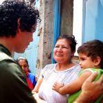 El candidato de la Revolución recorre la aguerrida comunidad de Retamal