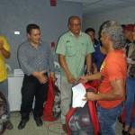 Farith Fraija y los candidatos a concejales entregaron 10 kits deportivos a comunidades carrizaleñas