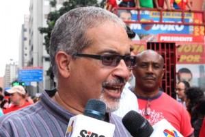 Luis Figueroa: Capriles pretende huir hacia adelante