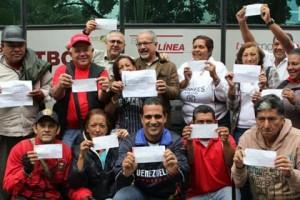 Militancia del municipio Sucre contribuyó con un día de salario por la Revolución